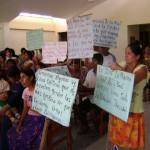 Pobladores hacen plantón para exigir solución a problema de desabastecimiento de agua