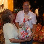Municipalidad de Manantay agasajó a cinco mil madres de familia con un Bingo Show Bailable