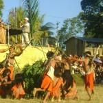 Cientos de turistas disfrutaron del Tercer Festival de Comunidades Nativas en Kimbiri
