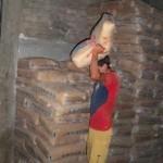 Decomisan más 13 toneladas de cal y 550 galones de kerosene en el VRAE