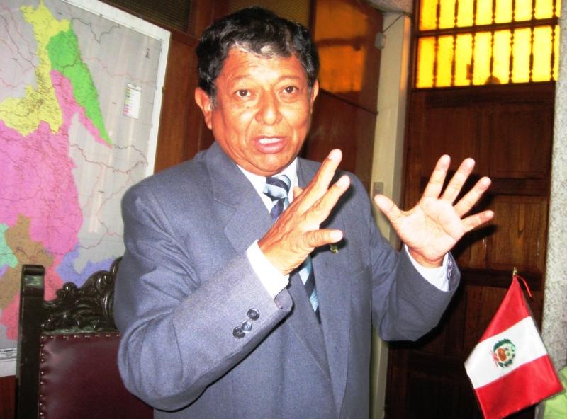 Presidente Regional de Ayacucho pide sumar esfuerzos para combatir explotación de niñas en bares del VRAE