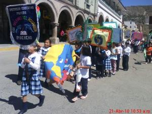 Marcha recorrió algunas calles de Huamanga.