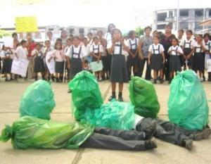 Niños del nivel primario de diferentes instituciones educativas participaron con sociodramas