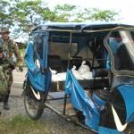 Detienen a pareja que llevaba 16 kilos de droga oculta en el asiento de un mototaxi
