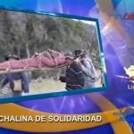 Grupo de mujeres teje gigantesca chalina para recordar a víctimas de violencia política (video)