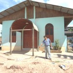 Constructora causa severos daños a parroquia Santa Cruz de San Alejandro