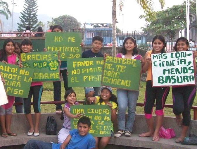 Jóvenes del VRAE reclaman frenar daños al medio ambiente