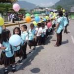 Con pasacalle y desfile inician celebraciones por semana de los derechos del niño
