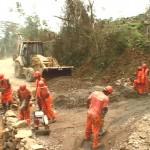 Realizan mantenimiento de carretera Quinua–San Francisco–Valle Esmeralda en el VRAE
