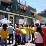 Familiares y amigos de asesinado alcalde de Aucayacu marchan exigiendo justicia