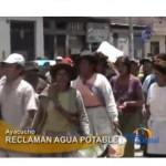 Pobladores protestan por demora en licitación de obras de agua y desagüe (video)