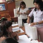 Más de cuatro millones de peruanos eligen a sus autoridades de diez regiones