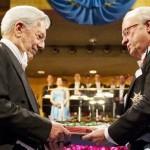 Mario Vargas Llosa recibió el Premio Nobel de Literatura 2010