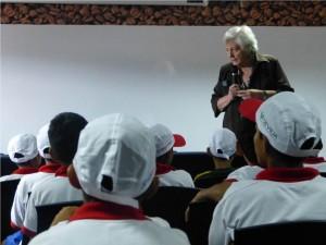 Devida apoya a selección de fútbol de hijos de palmicultores