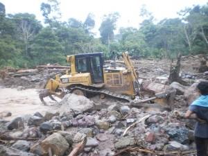 Lluvias torrenciales provocan derrumbes que destruyen 20 viviendas en Satipo