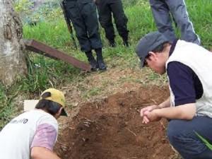 Hallan fosas comunes en provincia de Satipo