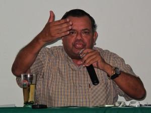 Alcalde de Satipo pierde los papeles por cuestionamientos sobre botadero