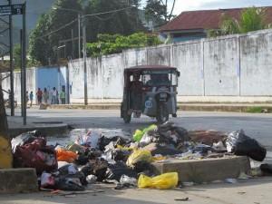 Municipio de Satipo desplaza camiones compactadores hacia sector La Paz