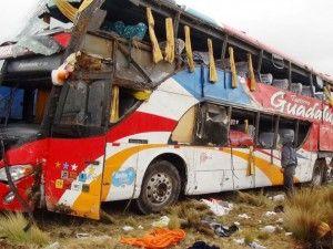 Accidente en carretera central deja 21 muertos