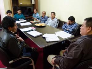 Alcalde de Huanta atiende los reclamos de dirigentes sociales
