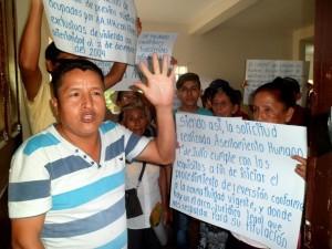 Pobladores de asentamientos humanos de Tingo María protestan