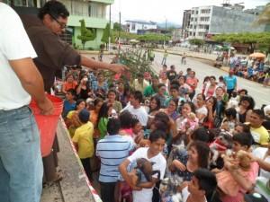 Iglesia bendice a más de 200 mascotas en Tingo María