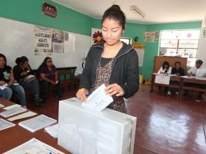 Electores jóvenes suman más del 30% del padrón electoral 2016