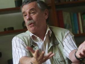 "Fernando Rospigliosi sobre patrulleros: ""Compra carece por completo de sentido"""