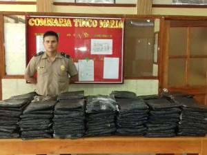 Tingo María: PNP decomisó 200 kilos de hoja de coca