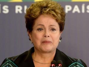 Brasil: Comisión del Senado recomienda abrir juicio político contra Dilma Rousseff