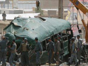 Afganistán: Doble atentado suicida causó 38 muertos