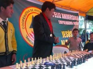 Ayacucho: Celebran XVI aniversario del distrito Jesús Nazareno