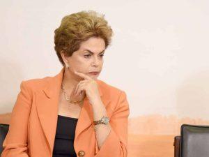 Destitución de Dilma Rousseff dependería de seis votos