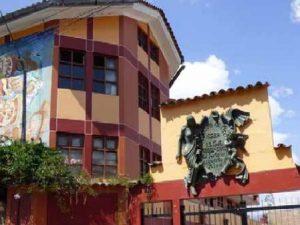 Ayacucho: Celebran aniversario de escuela de Bellas Artes