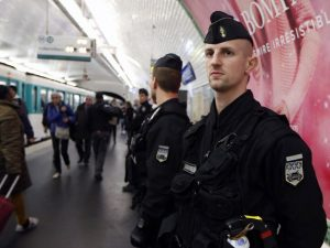 Francia: Adolescente fue detenido por planear atentado terrorista