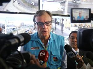 """Carlos Basombrío: """"Pronto tendremos a todos los patrulleros en las calles"""""""