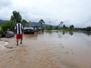 Unas 80 familias afectadas por inundaciones en Tingo María