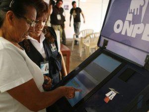 Elecciones municipales en Ucayali y Ayacucho serán con voto electrónico