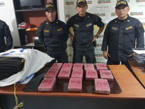 Policía decomisa 13 kilos de droga en Tingo María