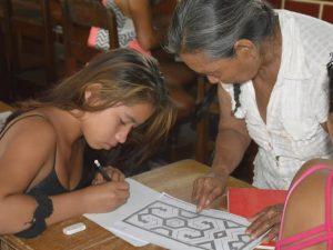 Ucayali: Adultos mayores transfieren saberes ancestrales