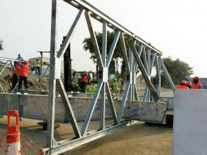 Comenzó instalación de puente modular en el río Huaycoloro