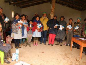 Ayacucho: Dan equipamiento agrícola a productores afectados por lluvias