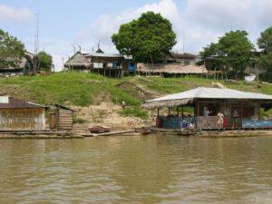 Continúa aumento de nivel de ríos Amazonas y Napo