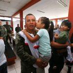Vraem: Miembros de las fuerzas armadas recibieron sorpresiva visita de sus hijos