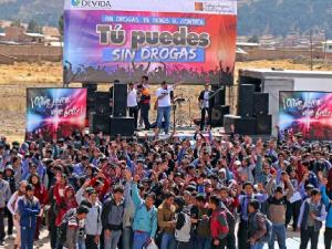 Canchis: Jóvenes rechazan consumo de drogas durante concierto musical