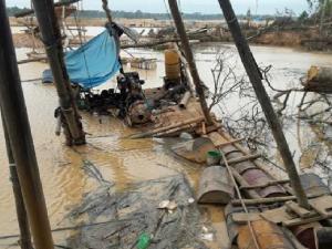Madre de Dios: Dan prisión preventiva para presuntos mineros ilegales de La Pampa