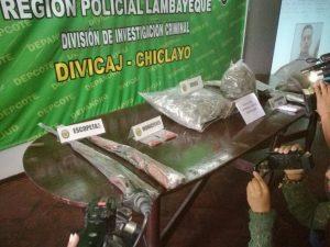Policía incinera 21 mil plantones de marihuana