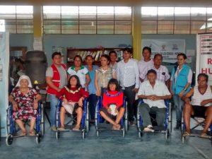 Huánuco: Entregan sillas de ruedas a niños y ancianos de Puerto Inca