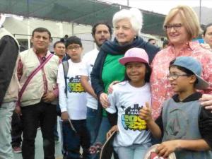 """Primera Dama destacó nueva línea gratuita """"Habla Franco"""" para combatir adicción a las drogas"""