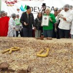 Perú alcanzó el récord Guinness con barra de chocolate más grande del mundo
